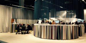 Besuch auf der Orgatec in Köln mit einer Stoffauswahl von Vitra